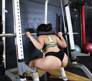 Smoking-hot Latina with sizeable booty and additionally wide hips fucked in the empty gym