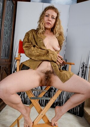 Hirsute pussy fetishists have a possibility to masturbate beholding this woman's images